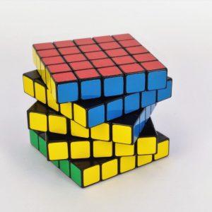Magic / Rubik Cubes